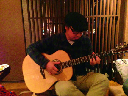 29Akiさん演奏